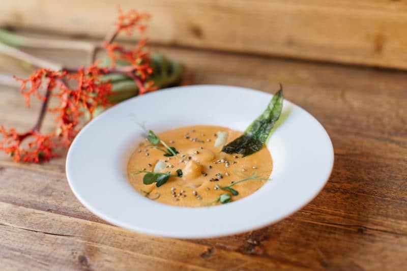 Hummer-Spargelcréme-Suppe